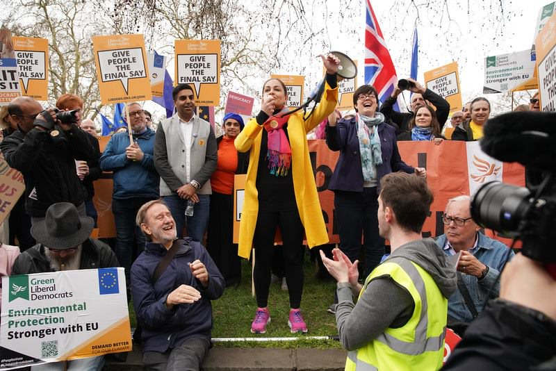 Siobhan Benita speaking at the Peoples Vote rally with one million marchers in London in March 2019